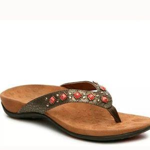 Vionic thong sandal